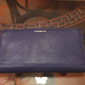 Coach Lacquer blue wallet